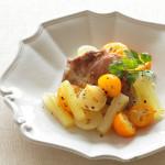 豚肉とセロリ、金柑の白ワイン煮